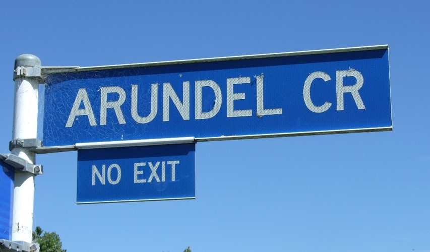 Arundel_Cr sign.jpg